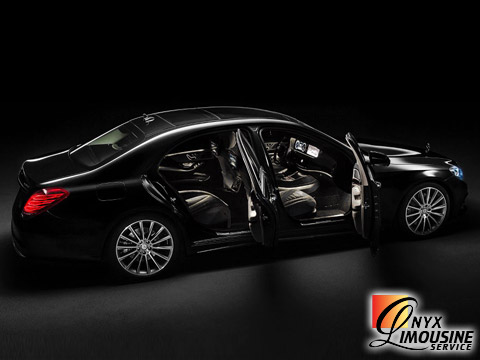 Houston Airport Luxury Car Service, Houston Airport Limo, IAH Car Service, Hobby Airport Car Service